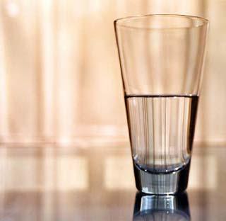glasshalffull